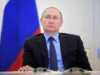 Vladimir Putin has said he will not expel American diplomats