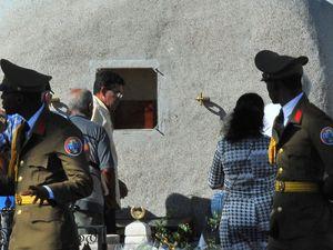 Fidel Castro's ashes laid to rest near his 'hero's' grave