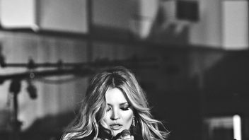 Kate Moss during the filming of a music video for 'The Wonder Of You: Elvis Presley and Royal Philharmonic Orchestra'