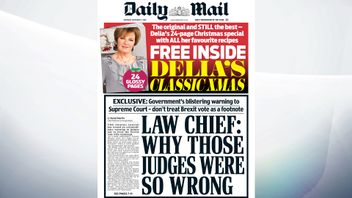 The Attorney General has issued an extraordinary warning to judges not to treat the Brexit vote with contempt, the Mail reports