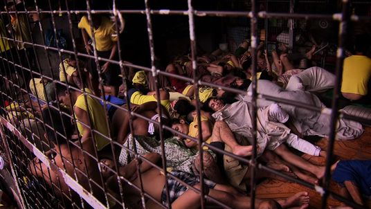 The police have arrested more than 40,000 suspects in President Duterte's anti-drugs campaign, leaving the country's prisons massively overcrowded.