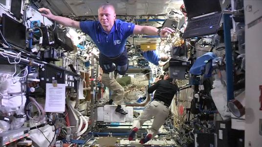 Astronauts on the International Space Station do the Mannequin Challenge