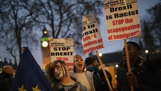 Pro-EU demonstrators outside the Supreme Court on the final day of the hearing