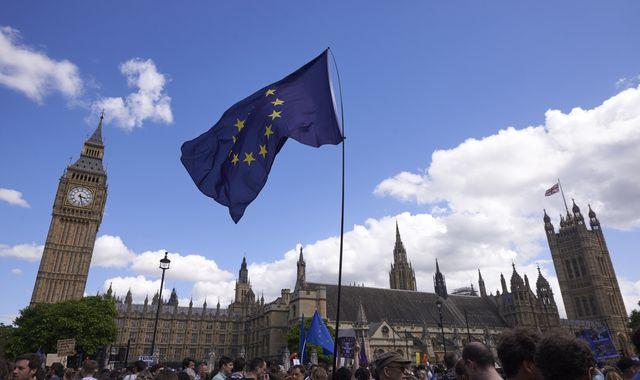 EU members will play 'hardball' with 'British dosh', MPs are warned