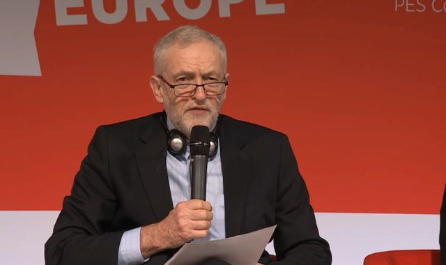 Corbyn calls for fight against rise of populist and far right