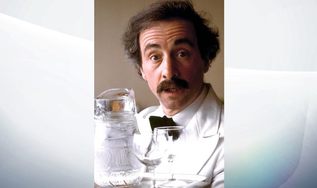 Fawlty Towers star Andrew Sachs dies aged 86