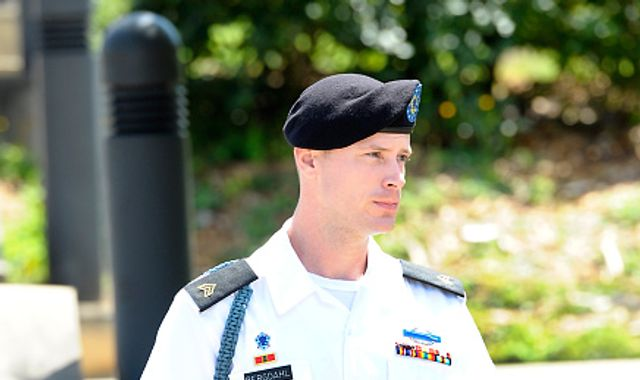 Bowe Bergdahl seeks pardon from Obama before Trump takes office