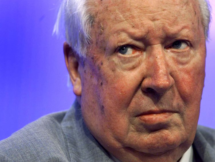 Ted Heath listens to a speech about health issues in 2000.
