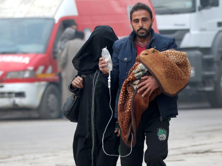 Aleppo residents fleeing deeper into the remaining rebel-held areas as Syrian forces close in