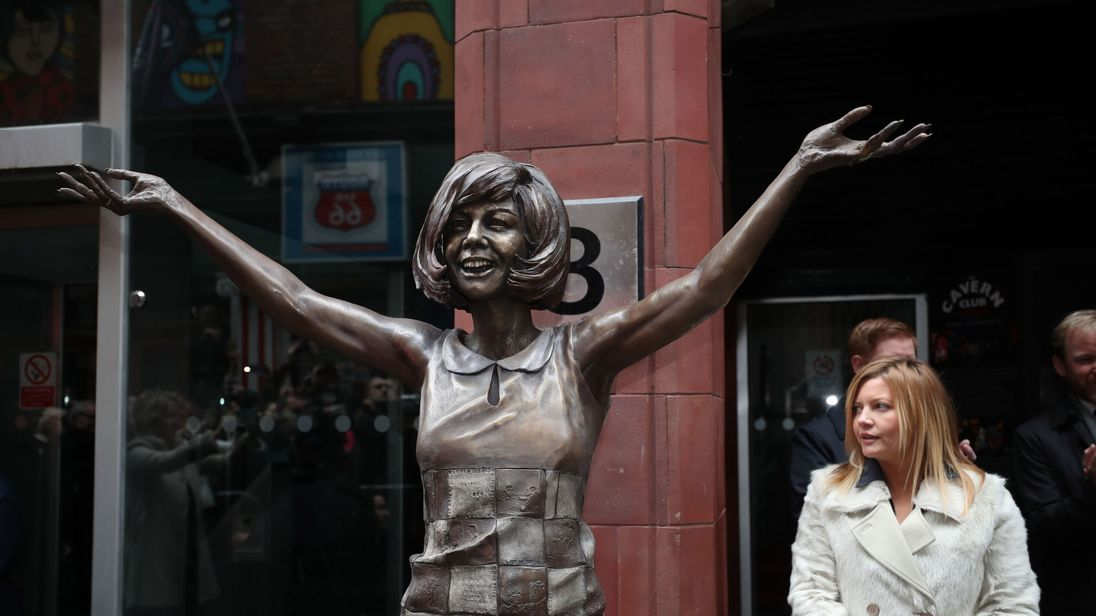 A bronze statue of Cilla Black has been unveiled in her home city of Liverpool