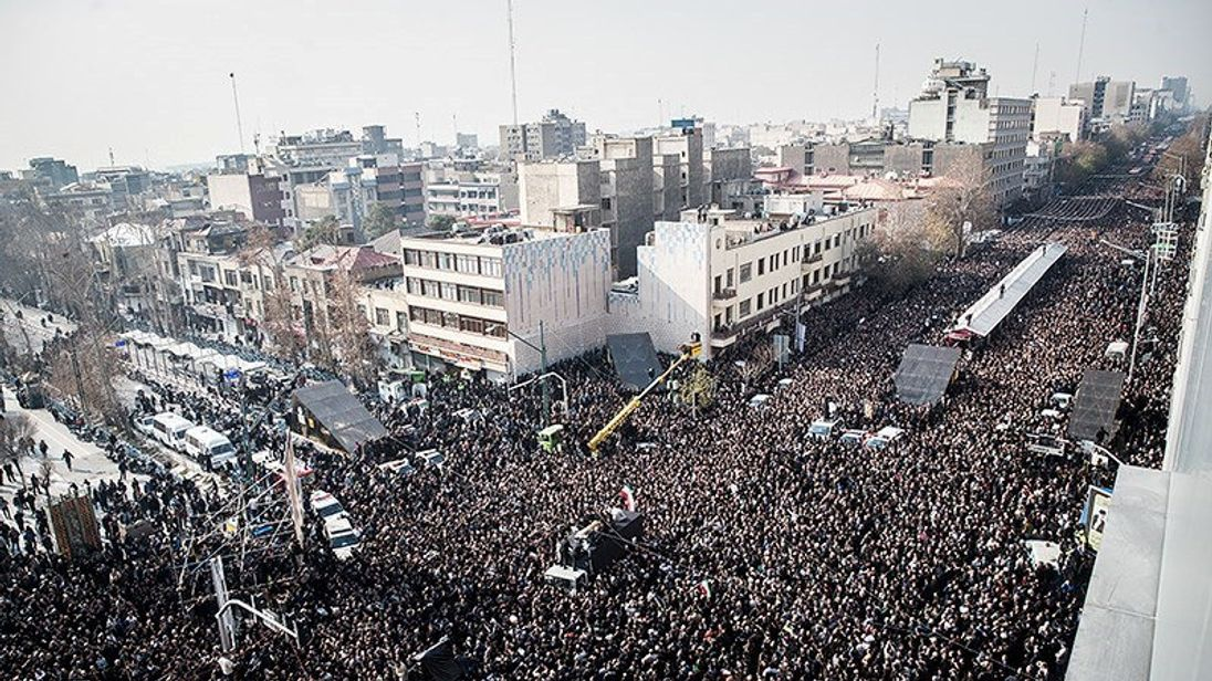 Hundreds of thousands of Iranian took to the streets