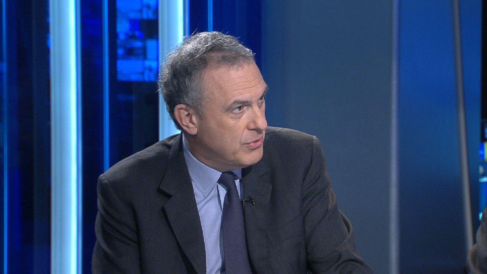 Former Foreign Office Permanent Secretary Sir Simon Fraser