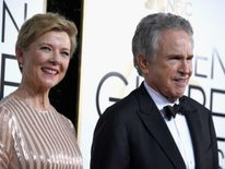 Actors Annette Bening and Warren Beatty attend the 74th Annual Golden Globe Awards at The Beverly Hilton Hotel on January 8, 2017 in Beverly Hills, California