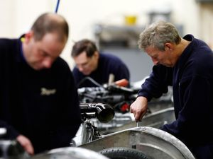 Firms need 'five year' Brexit transition period, manufacturers say