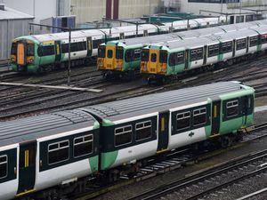 Southern driver strikes suspended for peace talks at TUC