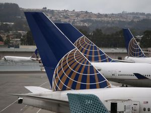 United Airlines grounded flights over IT glitch