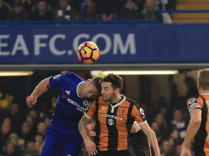 Hull's Ryan Mason stable after fracturing skull in clash of heads with Gary Cahill