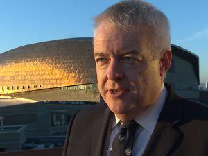 Carwyn Jones: Theresa May 'has no interest in Wales'
