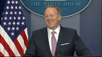 Sean Spicer gives a daily press briefing on 23 January, 2017