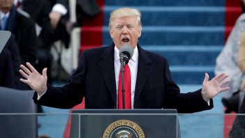 President Donald Trump delivers his inaugural address
