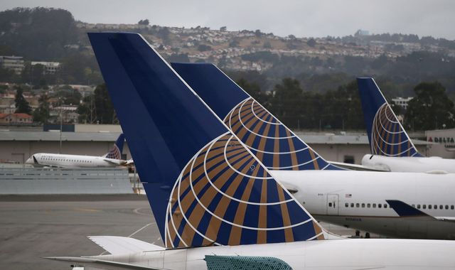 United Airlines delay after IT glitch grounded US flights