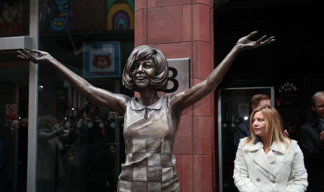 Cilla Black statue unveiled at Cavern Club's 60th anniversary