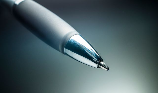 Finally! After years of trying, China celebrates ballpoint pen breakthrough