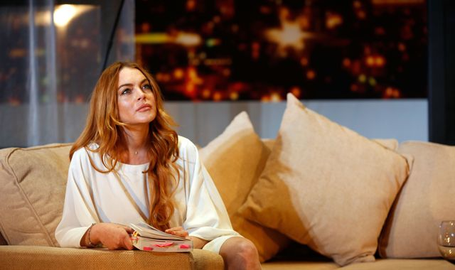 Lindsay Lohan fuels speculation she has converted to Islam