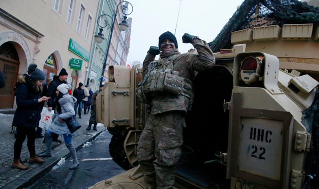 Poland welcomes 3,500 US troops amid fears over Russia aggression