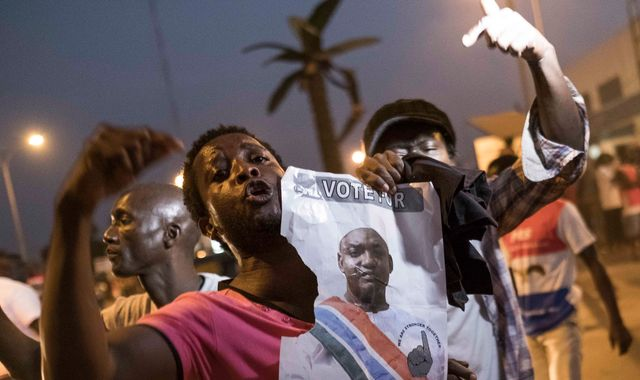 Gambia's ex-president told to leave or be ousted