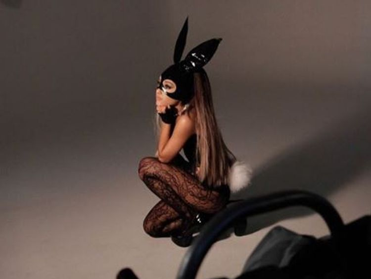 The look is based on her new music video Dangerous Woman