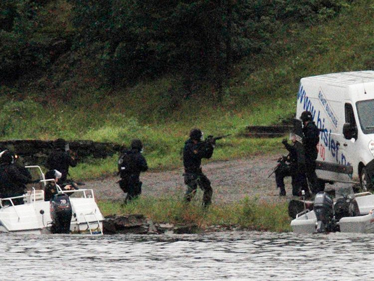 Special forces storm Utoya island before Breivik's arrest in 2011
