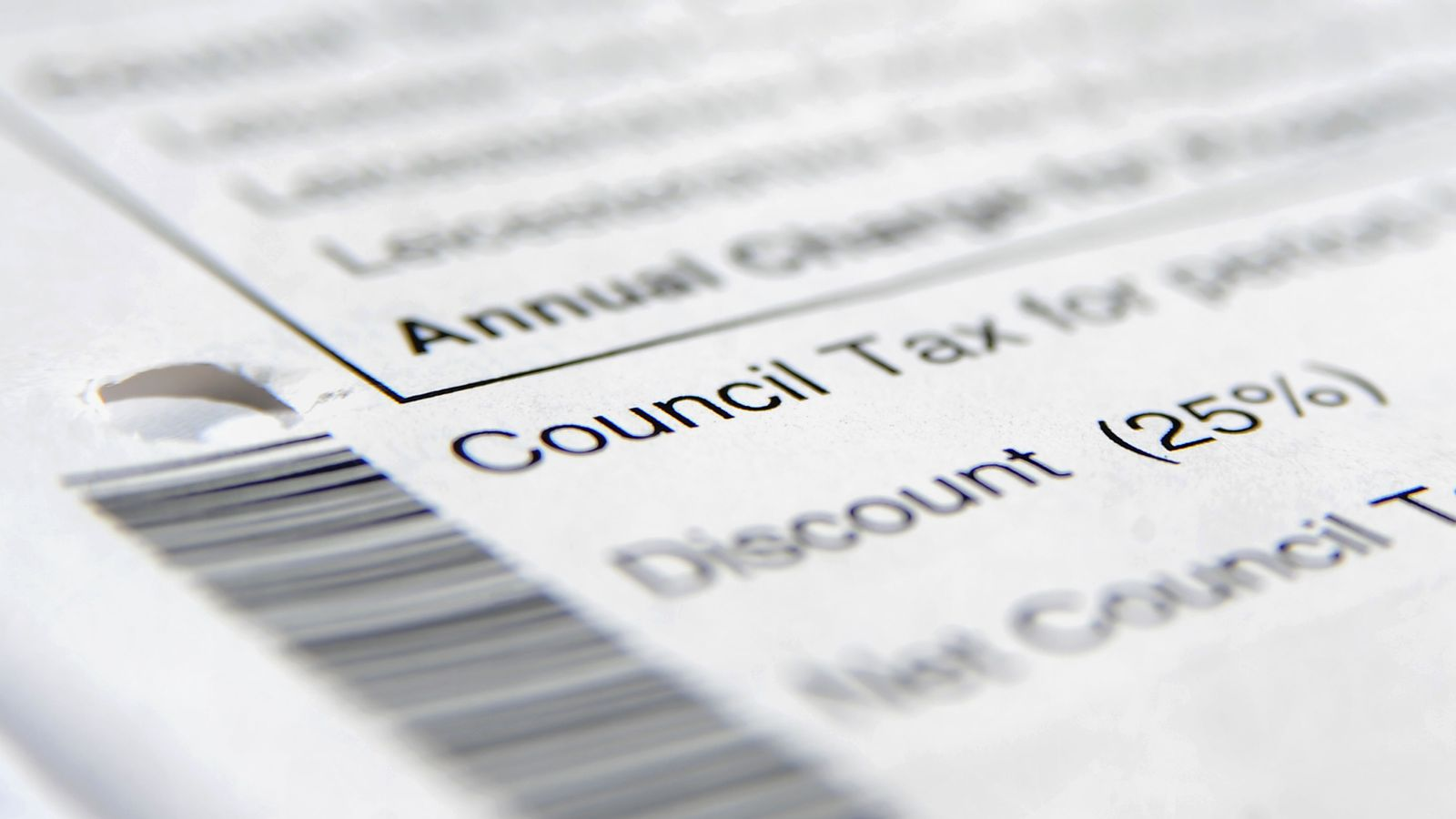 Anger as 539 council bosses paid more than PM