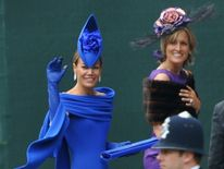 Tara Palmer-Tomkinson and her sister at Prince William's wedding in 2011