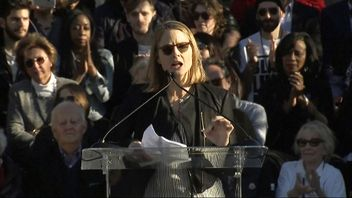 "Oscar-winning actress Jodie Foster told demonstrators it is ""our time to