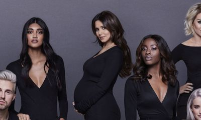 Pop star Cheryl confirms pregnancy in campaign launch