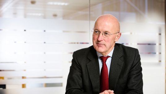 Sir Philip Hampton chairs Anglo's remuneration committee
