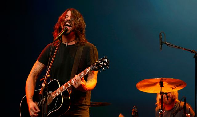 Foo Fighters to headline at Glastonbury 2017