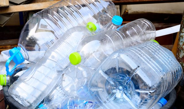 Bottle deposit scheme 'win-win' for environment