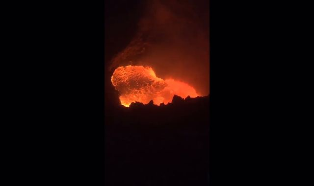 Volcanologist rescued after falling into Nicaraguan crater