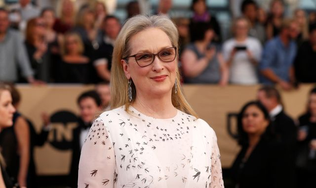 Streep accuses Karl Lagerfeld of spoiling her Oscar nomination