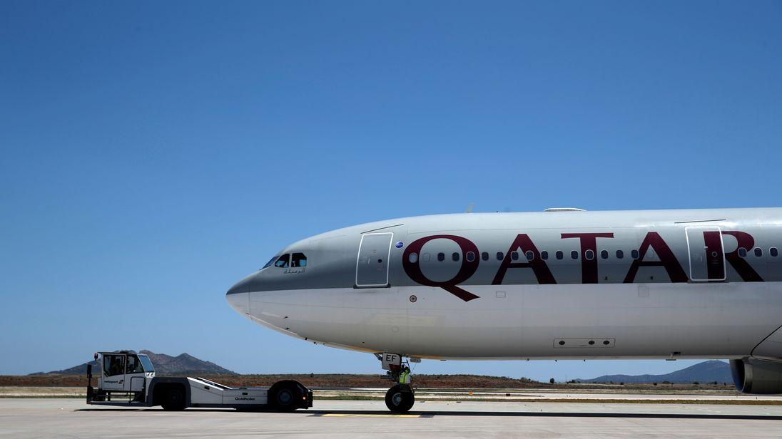 Resultado de imagem para qatar american airlines