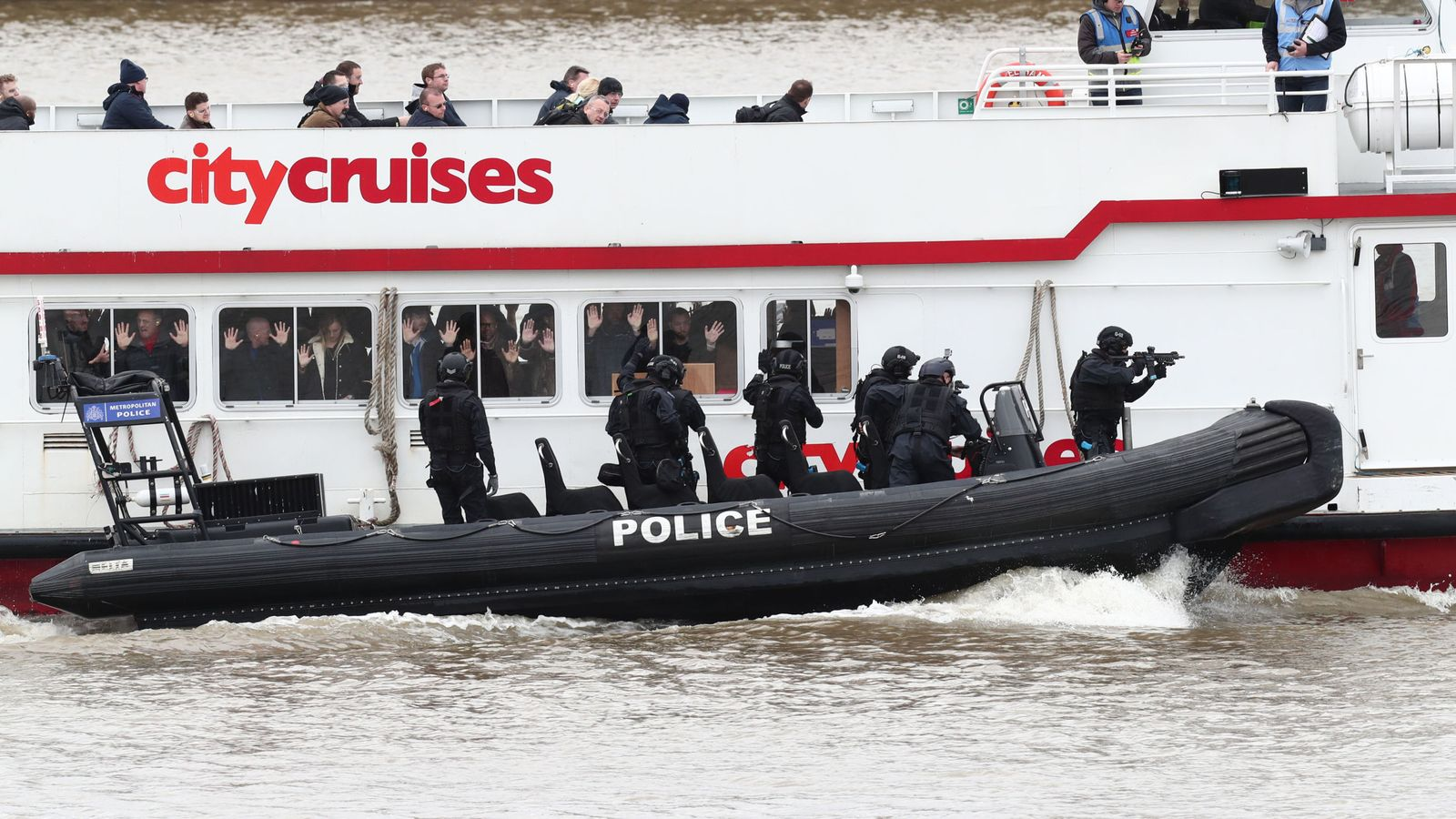 Terror exercise on Thames