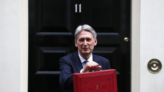 Boris Johnson to defend Hammond's Budget in Commons debate amid NICs backlash