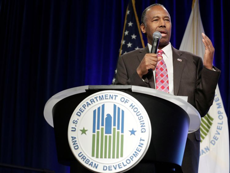 Dr Carson received a standing ovation despite his 'wildly inappropriate' remarks