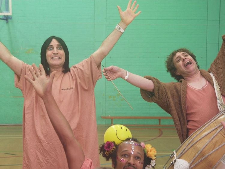 Noel Fielding appears in the video