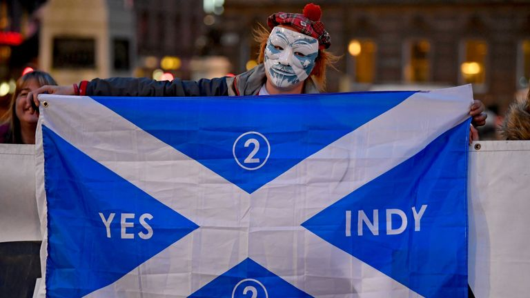 Independence supporters gather in George Square following today's announcement March 13, 2017 in Glasgow, Scotland. Scotland's First Minister Nicola Sturgeon has confirmed she will ask for permission to hold a second Scottish independence referendum