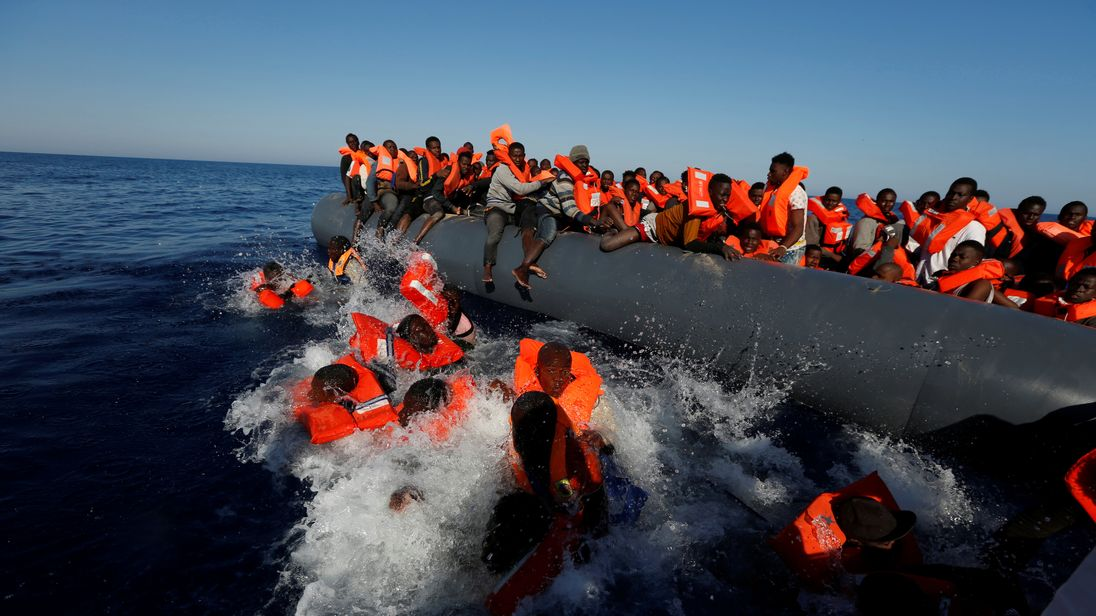 Italy plucks 2000 migrants from the Mediterranean Sea