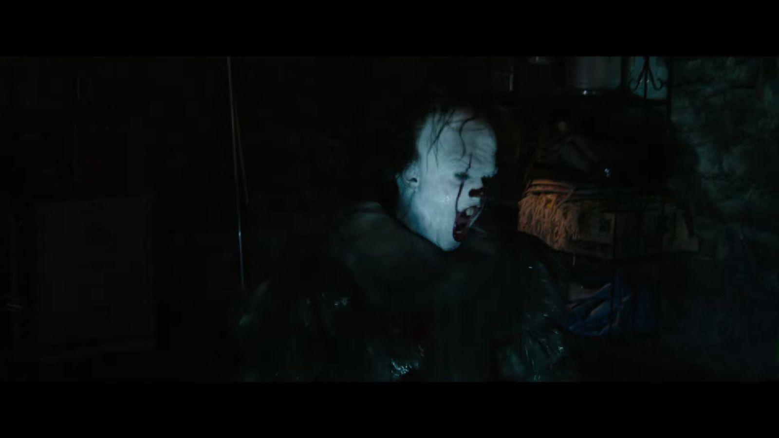 Wallpaper It Clown Bill Skarsgard Horror 2017 Hd: Trailer For Stephen King's It Slammed As 'disgusting' By