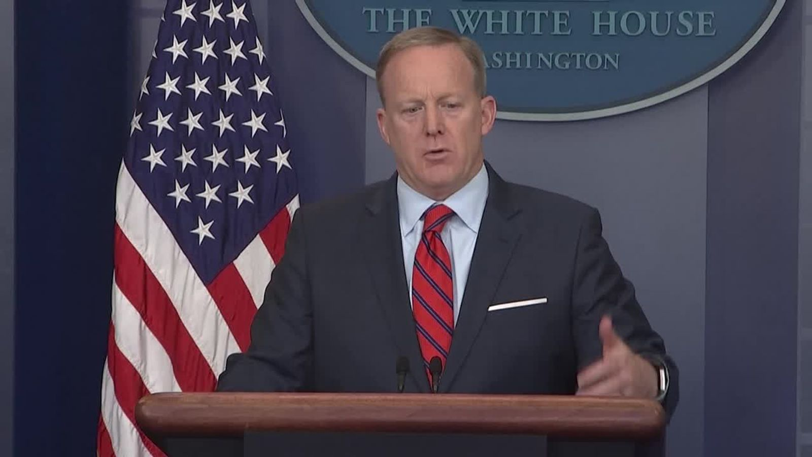 Sean Spicer's Hitler Gaffe Gets 'Veep' Treatment